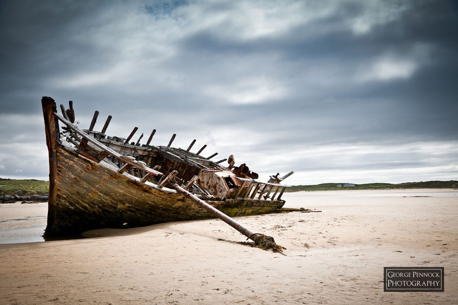 Northern Ireland Photographer - Bunbeg boat wreck, Donegal