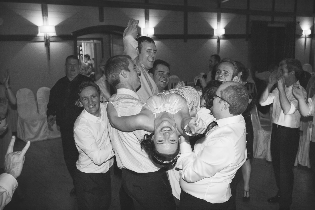 Lusty Beg Wedding Dance
