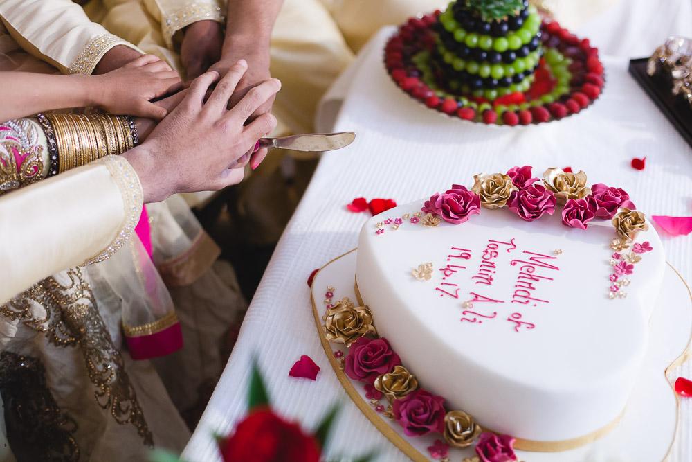 Cake Indian Mehndi