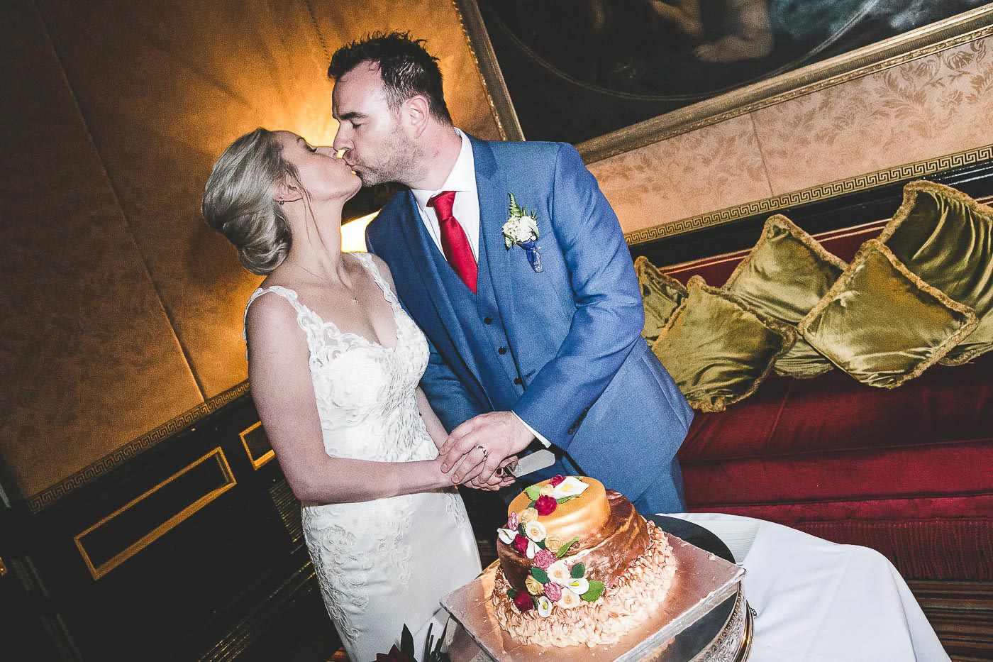 Merchant Hotel Wedding, Cake cutting